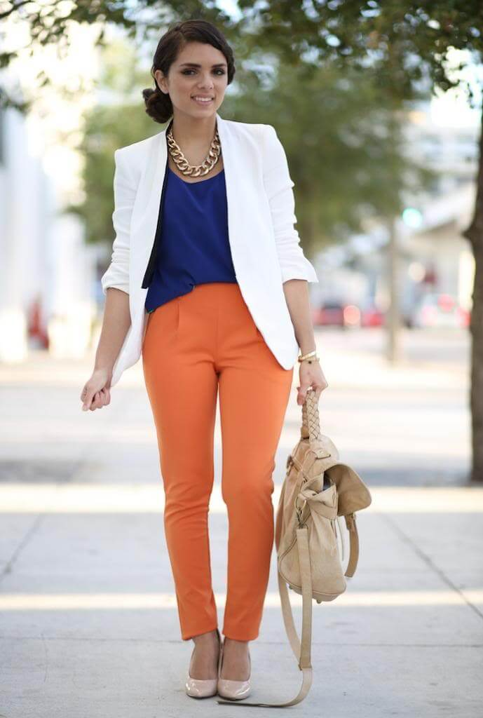Always play with color combination, even if it's for the work! Cut yourself some slack and enjoy the spring to the fullest. This outfit is funny and playful, and it kills monotony. Bring some color to the office!