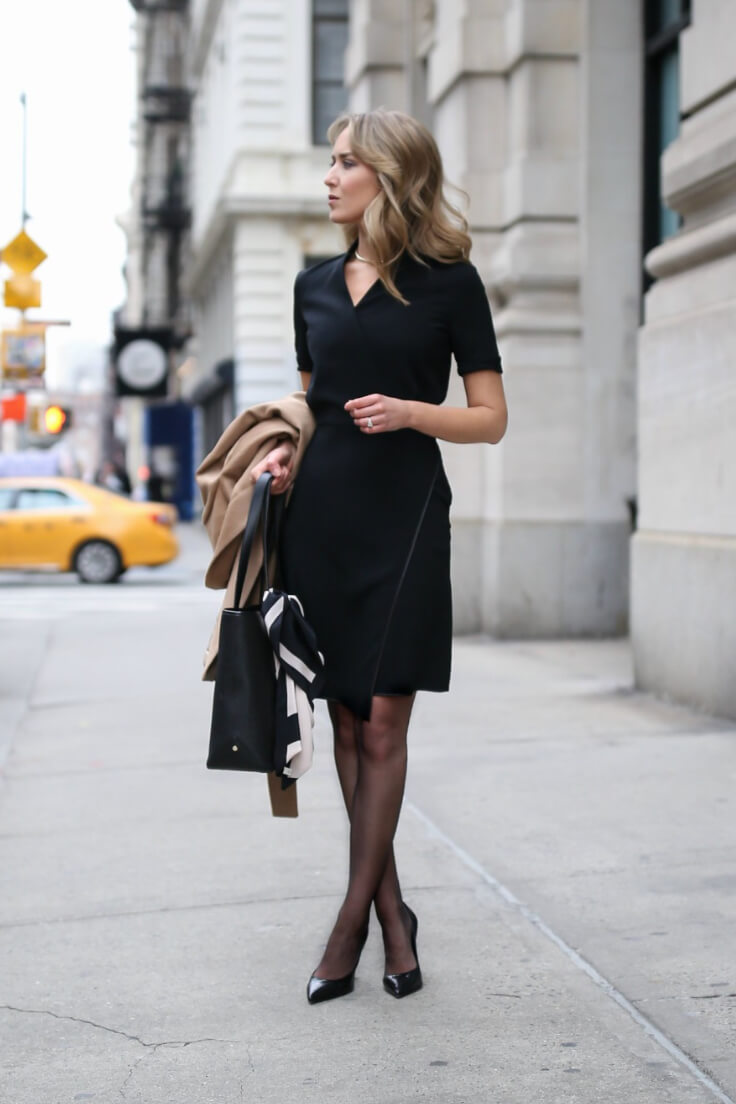 Here's to the all-black outfit addicts! Simplicity is the key to achieving graceful, sophisticated look with the minimal details