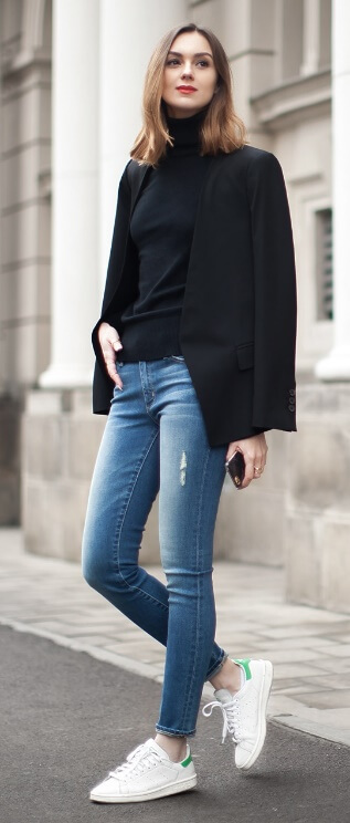 Funny what a little red lipstick can do, isn't it? Here a slick of bright color adds some Parisienne chic to this simple ensemble of blue denim, black and white.