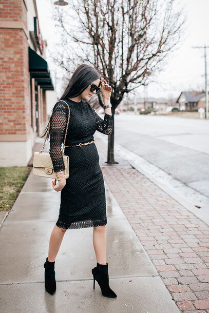 An all-black look is always sexy, especially if it's date night