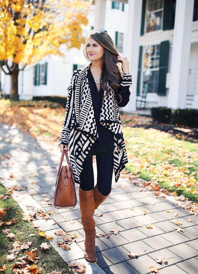 This monochromatic fall outfit with a graphic duster is super cute! Add brown boots for a touch of color, and you're ready to dazzle!
