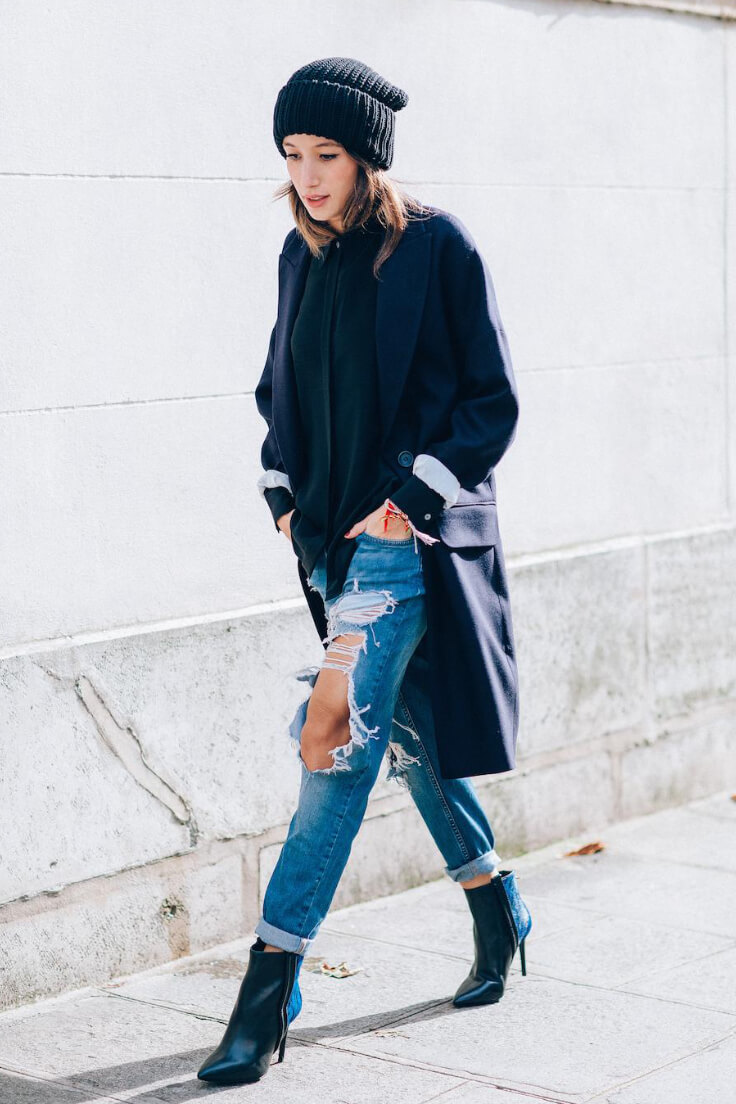 Balance out excessively ripped jeans by pairing them with a long jacket and a high-necked top. Add a beanie for good measure and you're ready to rock this beautiful season!