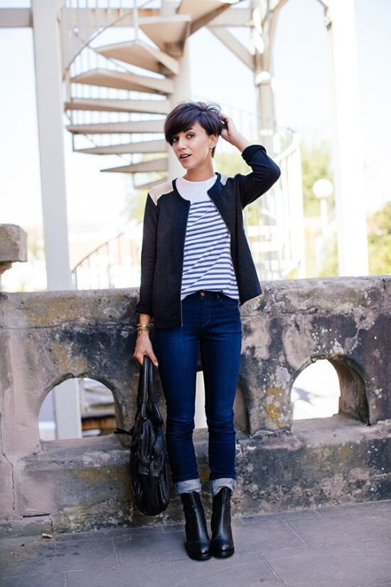 A typical example of a casual weekend French look: fitted jeans plus Breton stripes are easy-going yet still polished.