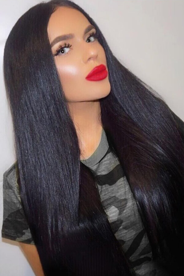 Straight, sleek, and shiny hair with striking red lips – could it be more more perfect?