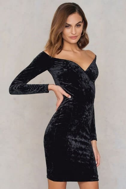 The Sparkly Club Outfit: Off Shoulder Velvet Dress