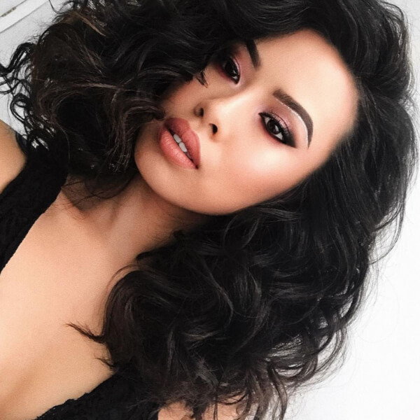 A voluminous bob is super cute and chic!