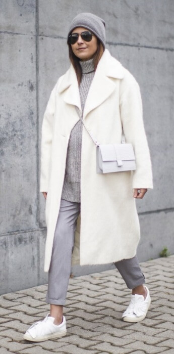 Channel the brilliance of winter white in an outfit that showcases the beauty of classic pastels. A soft shade of dove gray keeps this athleisure look classic yet oh so cool.