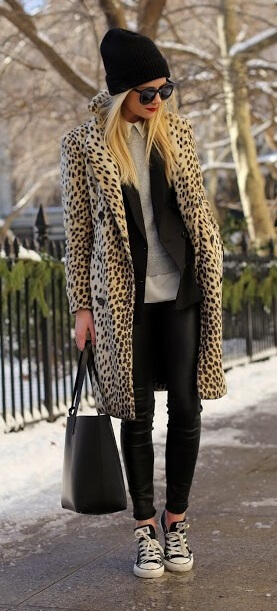 Never underestimate the power of leopard print. Just add black leather and Converse sneakers for a modern and edgy glamorous winter look.