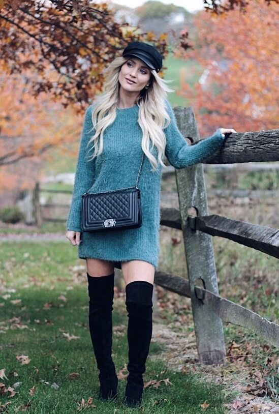 Keep the winter blues at bay by embracing it into your street style wardrobe. A simple woolen sweater and boots are all you need for a snug winter look.