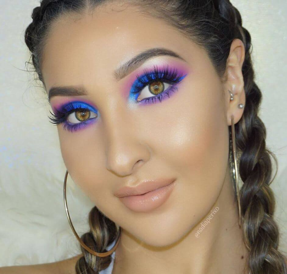 For a magical mermaid-like look, try this eye makeup. Wouldn't this be perfect for a music festival?