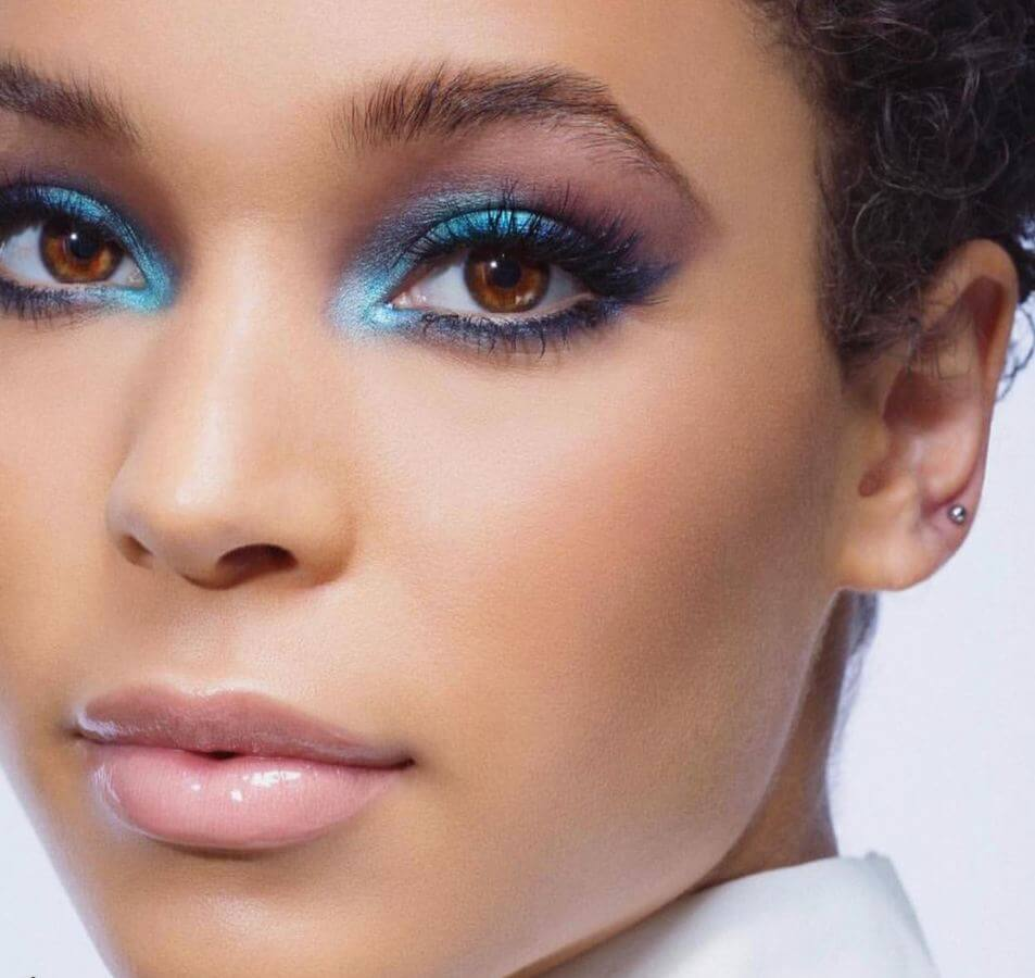 This mermaid-inspired look is almost other-worldly!