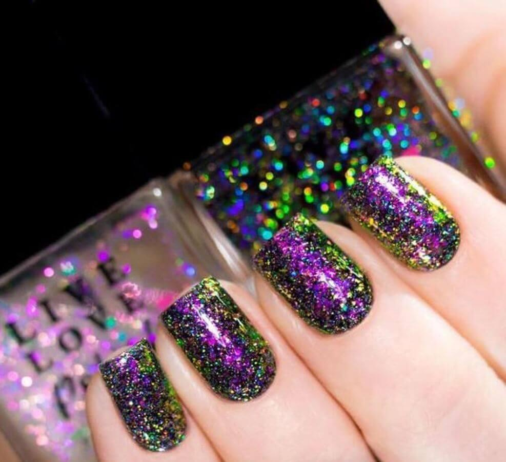 If dark nail polishes are your thing, try this holographic look that is out of this world!