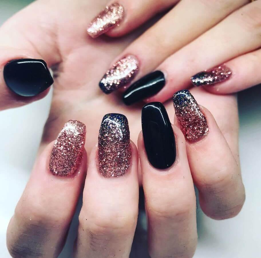 Ombre glitter nails are going to be a hit this season!