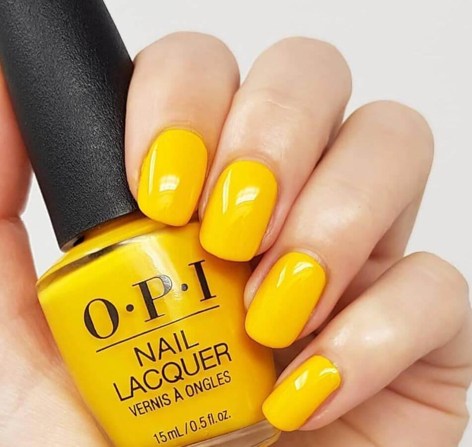 Bring in the cheer of Easter Sunday with cheerfully yellow nails.