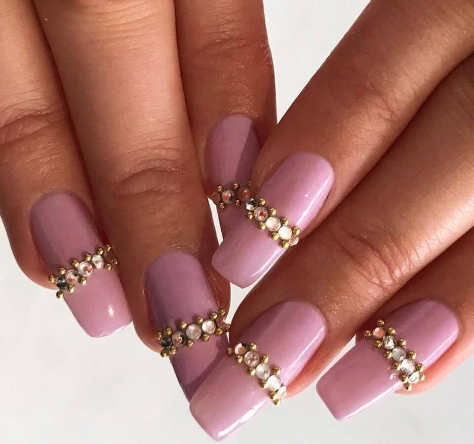 For simple nails with a touch of Va-Va-Voom, choose studs like this.