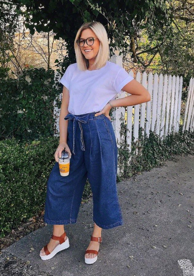 These denim culottes with a casual tee sure look comfy!