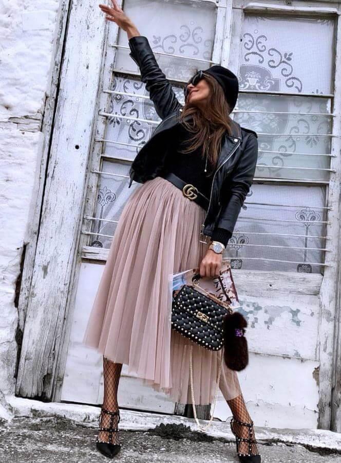 Tulle is no longer just for kids! Wear your midi tulle skirt with a simple tee and throw on a leather jacket to complete the look.