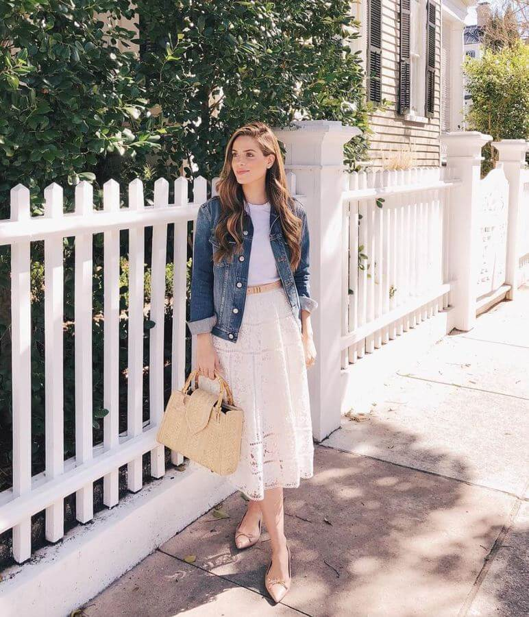 Pair a pretty lace skirt with a plain white tee and add a denim jacket to complete it all. This one is perfect for a brunch date!