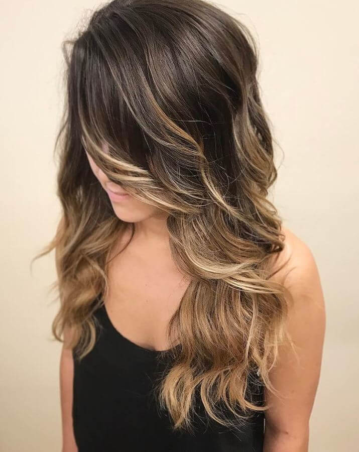 This effortless ombre hairstyle is perfect for girls on the go!