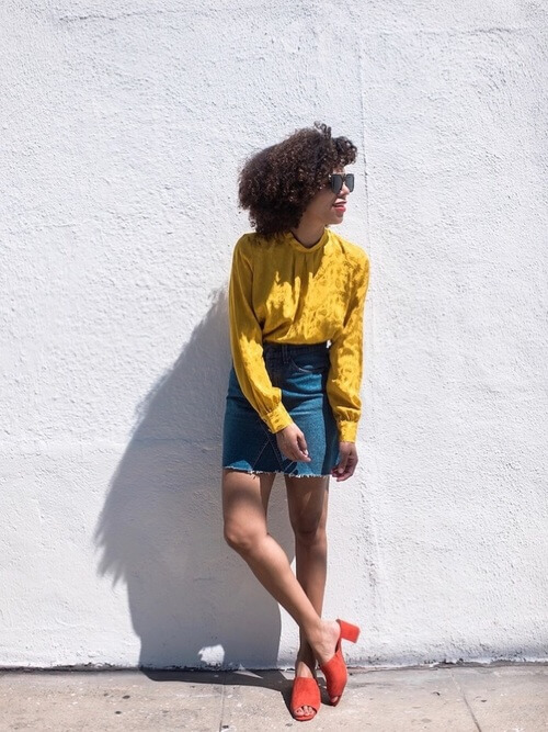 Satin might not be the right material for summer temperatures, but you can style it with a denim skirt and red mules for some special occasions. #summerstyle #summerfashion