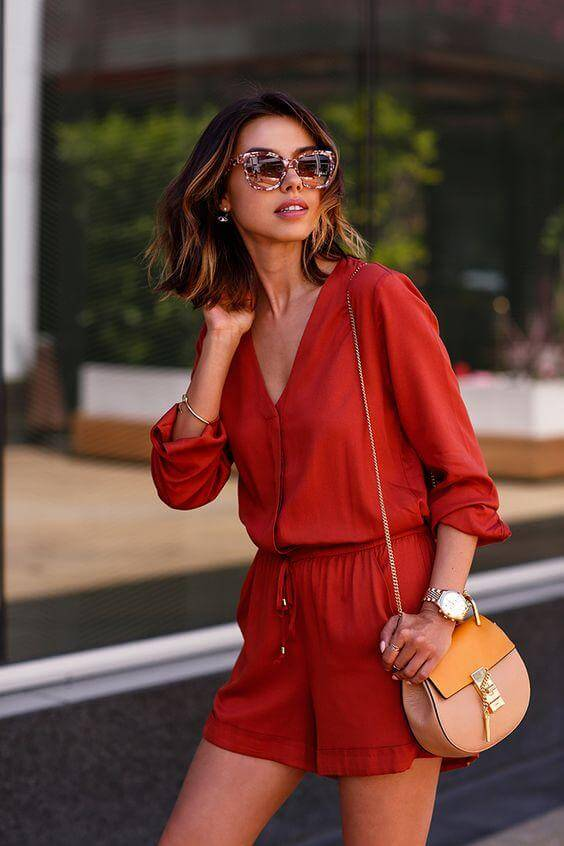 The red romper is the perfect version of the jumpsuit for hot summer days. #summerstyle #summerfashion