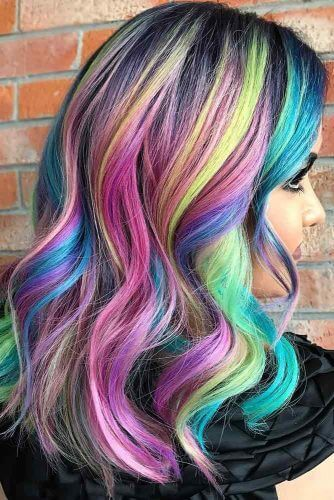 Another unicorn lover's dream, this look screams bold color with its bright mix of pastels!