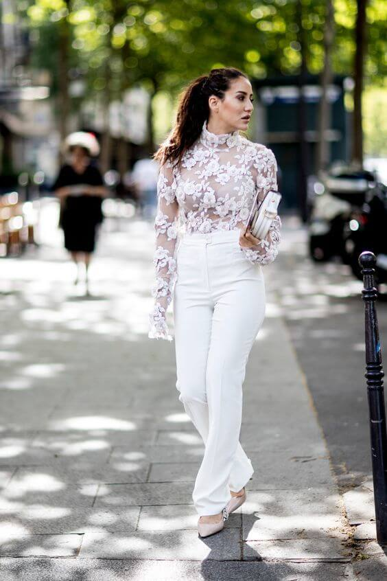 Floral blouse made of sheer material can be a perfect item for your best friend's wedding. If that party is outdoors, then it is even better! #sheertop #summeroutfit