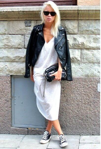 If you're a fan of effortless looks, try this ensemble. Converse sneakers suit perfectly here. #converse #sneakers