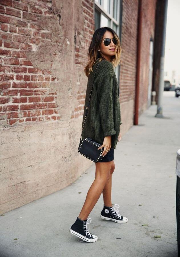 A mini skirt is a great way to show off those high tops! #converse #sneakers