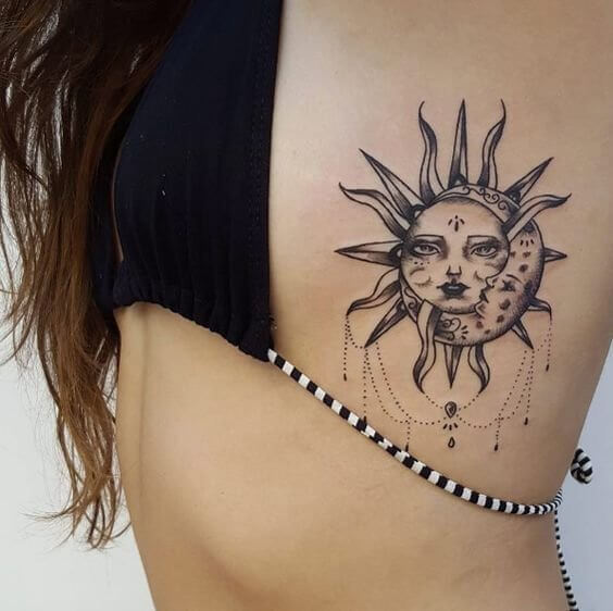 Sun and moon tattoos keep some meaning and can be really personal. Show them off while wearing your summer bikini. #summertattoo #minitattoo #minimalisttattoo