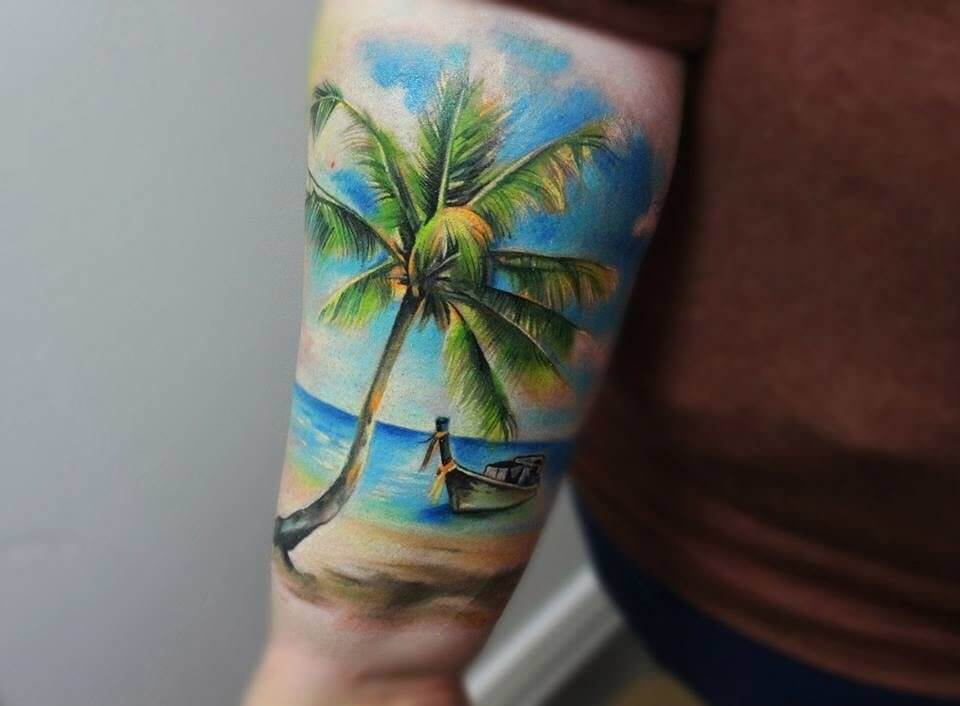 Some people like their tattoos to look like real pieces of art. #summertattoo #colorfultattoo