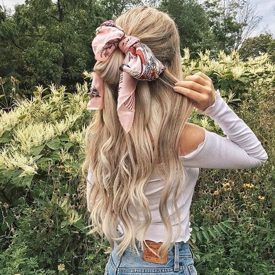 Colorful scarf in your hair will definitely make you unique and very beautiful. It is perfect hair accessory for hot summer. #wavyhair #hairstyle