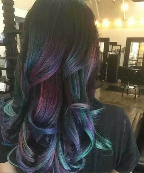 Galaxy trend of coloring your hair this way became super popular. It definitely appears interesting, and you can be as creative as you wish - don't hesitate to experiment with colors. #wavyhair #hairstyle