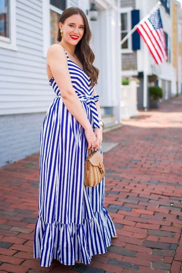 Maxi ruffle hem dress works perfectly for #4thofjuly, especially if it is in striped blue