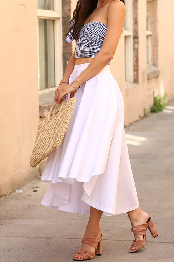 Ruffle skirt in white is mixed with gingham crop top for a nice flowy outfit combination #4thofjuly #outfits