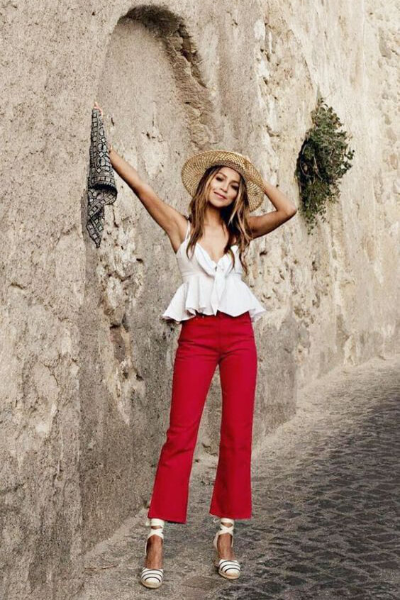 Red and blue seems like a perfect combination, but what about styling red and white top? #4thofjuly #outfits