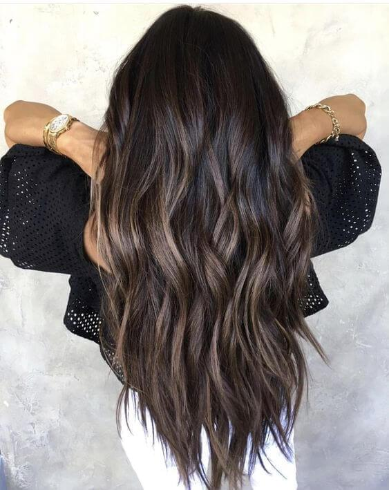 Dark brunette shade on the hair ends looks absolutely fabulous. As you can see, brown and warm black combination is tested-and-proved. #haircolor #warmblackhair