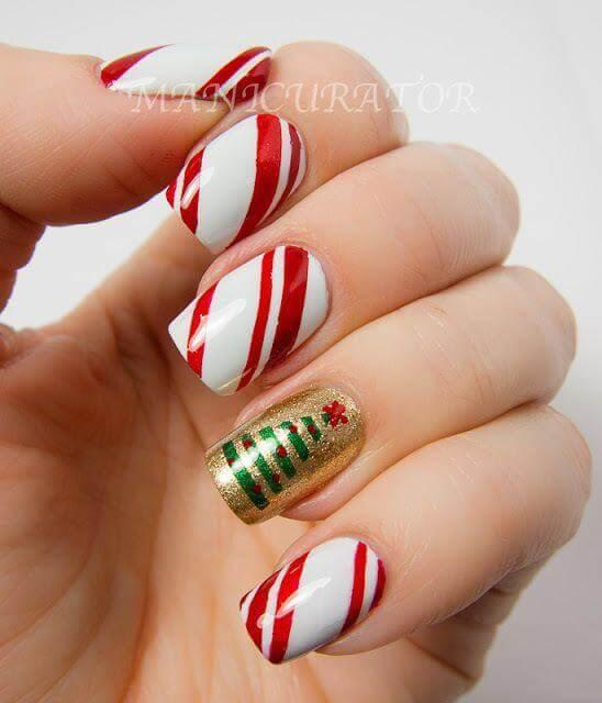 Who doesn't like candies? If you do, make your nails sweet as well! #winternails #naildesign