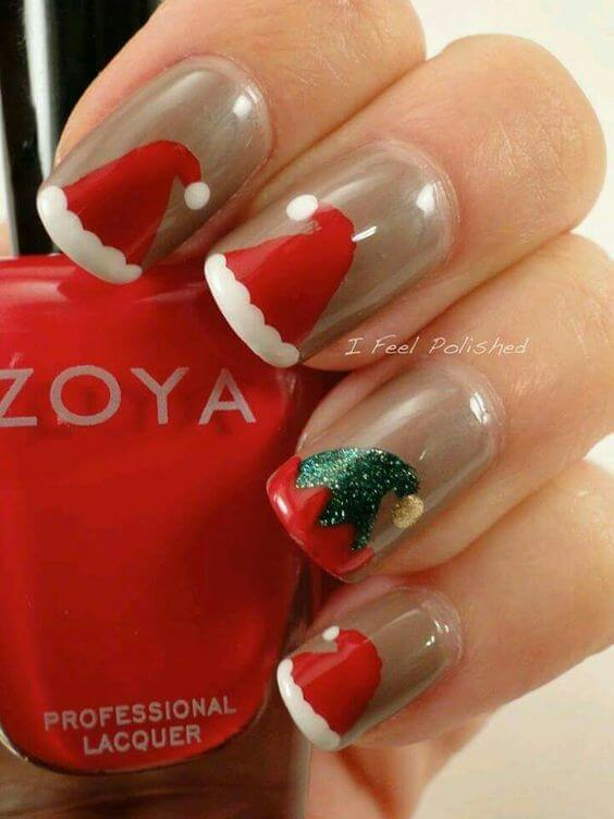 Santa Claus and his elves on your fingernails will revive the real spirit of holidays, gifts, and Christmas. #winternails #naildesign
