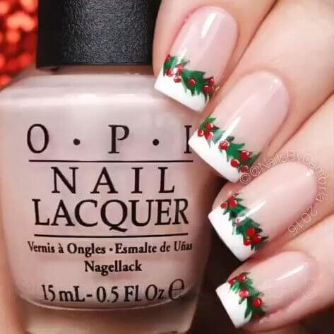 If your nails need to be decorated with Christmas spirit designs, then make it simple, yet eye-catching like this. #winternails #naildesign