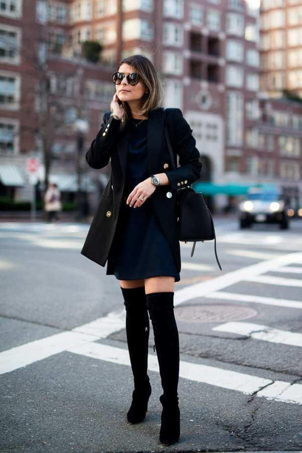As a businesswoman, you need to have a dress like this in your wardrobe. Then you can style it with a tailored blazer and thigh-high boots. #highboots