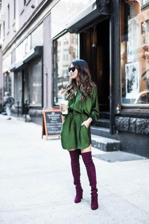 Tall boots look amazing if you style them with such effortless pieces. The dress in emerald paired with burgundy boots is the perfect choice for everyday wear. #highboots