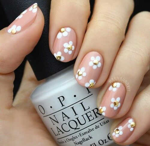 Flowers on Your Nails