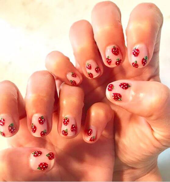 Strawberries on Point Nail Desing