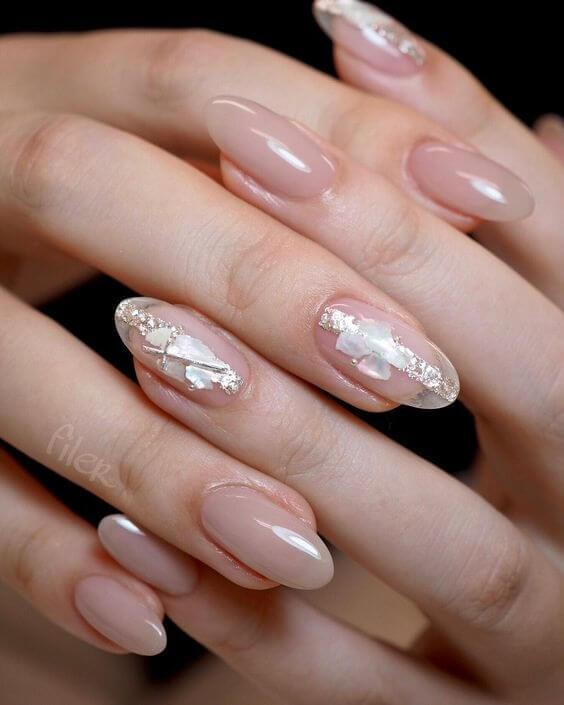 Silver Details on Natural Nails