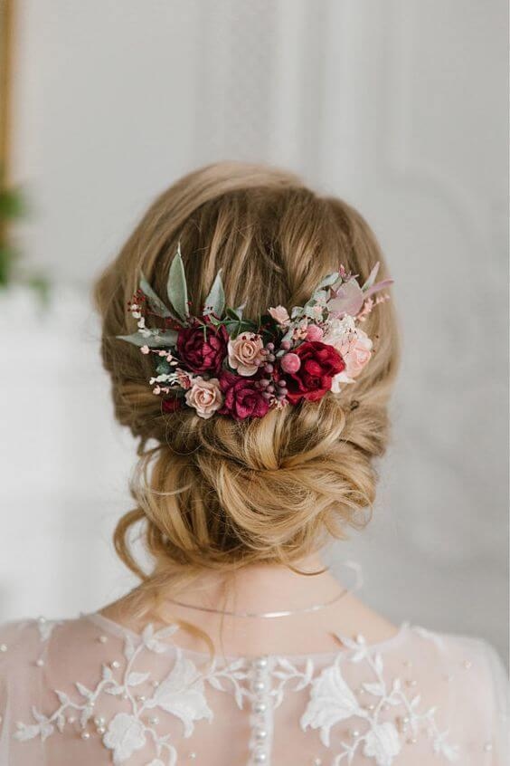 Hair with pink flowers