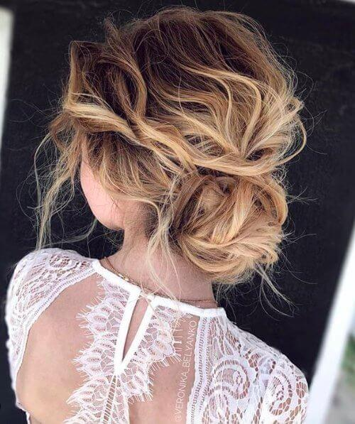 Undone Texture and Messy Bun