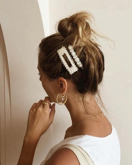 Messy Bun with Accessories