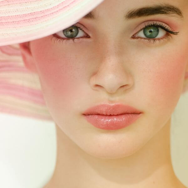 Often times the most important factor to consider when to use blush or bronzer is the occasion.