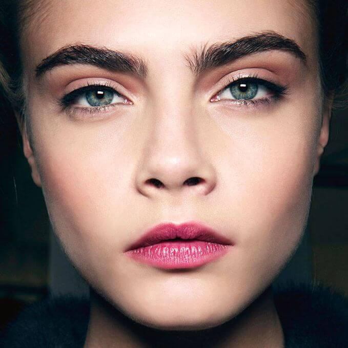Cara Delevigne with full brows